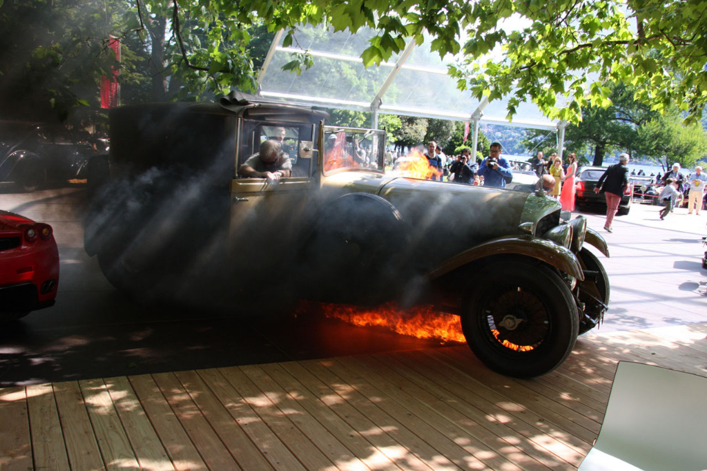 ferrari-enzo-nearly-catches-fire-from-burning-1929-bentley-photo-gallery_10