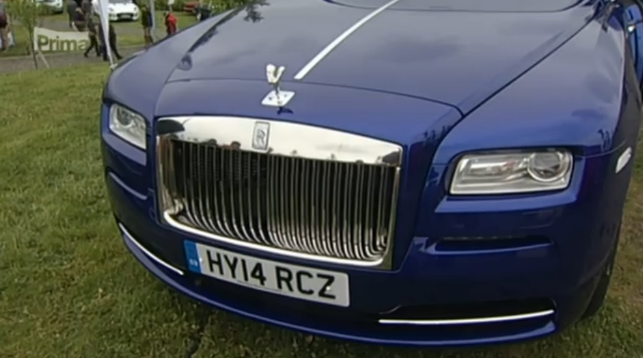 TV-Prima-sraz-Rolls-Royce-a-Bentley